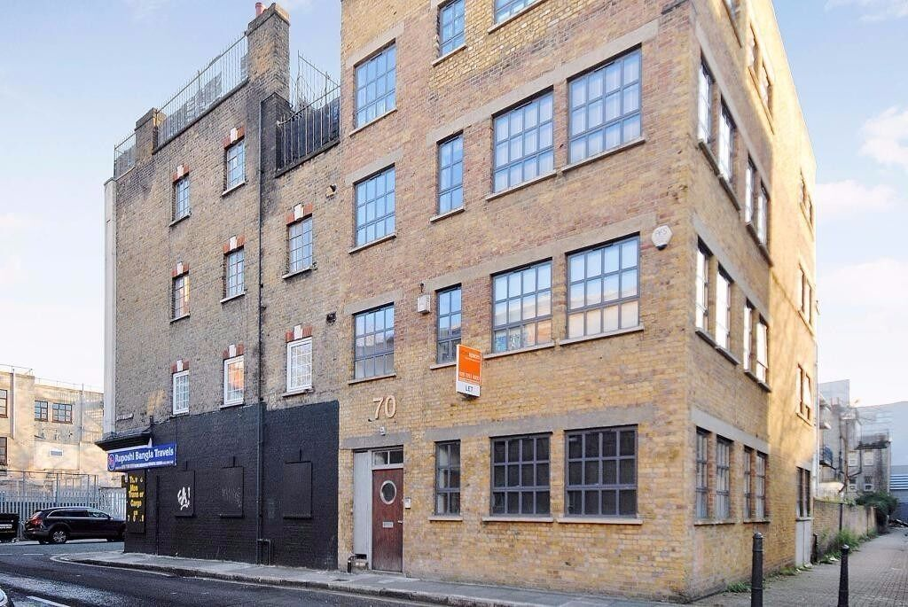 2 DOUBLE BEDROOM WAREHOUSE CONVERSION IN E1 WHITECHAPEL LIVERPOOL STREET