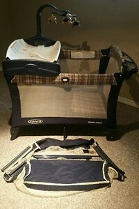 Sears 3 in 1 CRIB, DRESSER, and Grayco PLAYPEN Mint Condition!