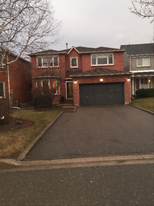 Home for lease in Thornhil