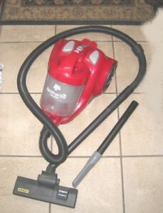 Slightly used Dirt Devil Bagless Cyclonic Canister Vacuum in exc