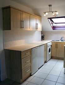 **Lovely 1 bedroom flat** Private garden. Good Size Rooms. Period Building in Hanwell, W7.