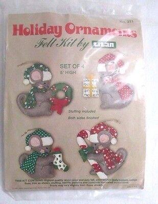 New Felt Ornaments Kit Christmas Mice Mouse Titan Needlecraft Holiday Vintage