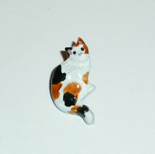 """Calico Kitty Cat Metal Shank Button 1/2""""x5/8"""" Sitting Calico Cat Metal Button"""