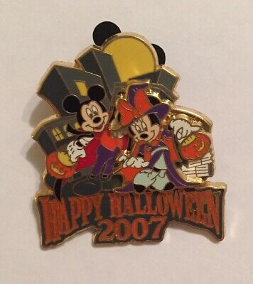 Happy Halloween Nyc (Disney Pin 56680 Happy Halloween 2007 Mickey Vampire Minnie Witch Pumpkin NYC)