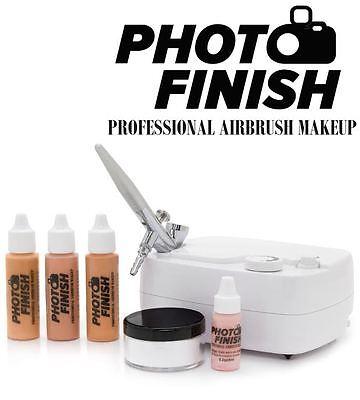 - PHOTO FINISH PROFESSIONAL AIRBRUSH MAKEUP KIT- SYSTEM-Light -Medium or Tan