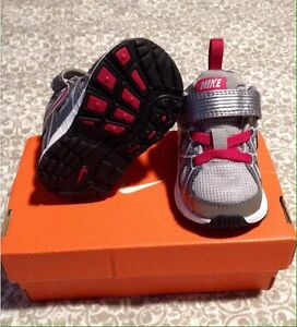 Brand new infant Nike shoes