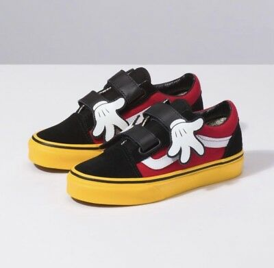 Vans x Disney Old Skool V Mickey Mouse Hug Black Red Yellow Toddler Infant Size ](Vans Infant Clothes)