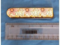 Vintage Stratton folding comb and case - lovely condition. Postage FREE to UK mainland addresses.