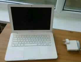 13 inch Apple MacBook Mid 2010 ONO