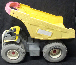 Tonka Metal Mightyest 2004 9159 Huge Dump Truck Stratford Kitchener Area image 1