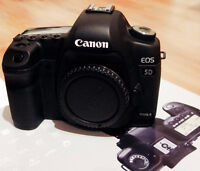 Canon 5d MkII, 28-135mm, 50mm/f1.4 lens - all in MINT condition