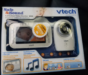 VTech VM341 Safe and Sound Video Baby Monitor with Night Vision,