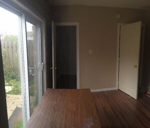 Room for rent. Possible student rental London Ontario image 3