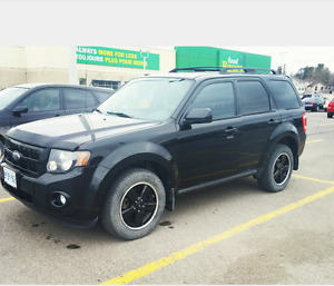 Ford escape XLT limited AS IS