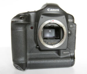 Canon Mark II N body, charger and battery