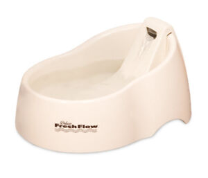 PETMATE DELUXE FRESH FLOW PURIFYING 50OZ FOUNTAIN!