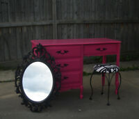 "FRENCH PROVINCIAL 3 PIECE VANITY SET - ""BARONET""-HOT GOSSIP PINK"