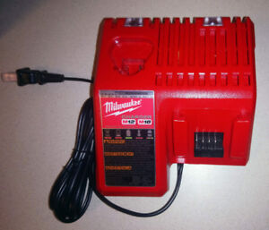 Milwaukee Genuine M18 and M12 Multi-Voltage Battery Charger