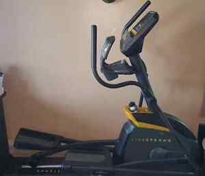 Exerciseur elliptique Livestrong LS10.0E