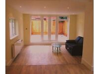 AMAZING MODERN 2 DOUBLE BEDROOM GARDEN FLAT WITH EN-SUITE NEAR ZONE 2 NIGHT TUBE, 24 HR BUSES & SHOP