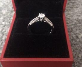 Beautiful 18 Carat Gold Forever Diamond Ring - £2500 New