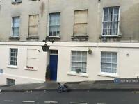 1 bedroom flat in Thomas Street, Bath, BA1 (1 bed)