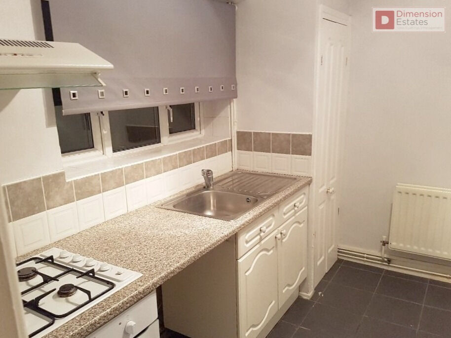 Spacious One Bed Flat + Garden - Charlton Crescent Barking IG11 ---- £271.15pw ---- Available Now!!