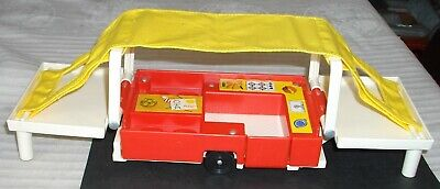 ***FISHER PRICE LITTLE PEOPLE PLAY FAMILY CAR & CAMPER PLAYSET TRAILER CAMPER**