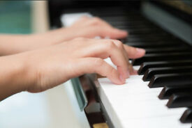 Piano Lessons & Music Theory for Beginners - FREE Trial Available - Piano Teacher in Ealing Broadway