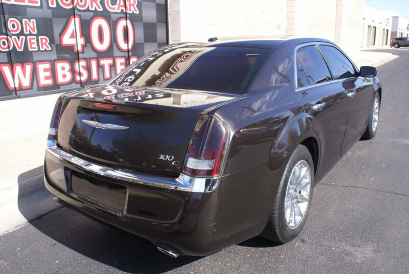 Image 5 Voiture American used Chrysler 300 Series 2012