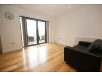 superb one bedroom apartment gaol ferry steps
