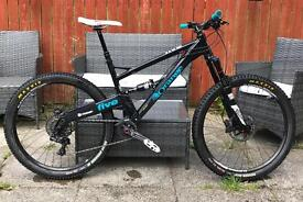 2016 Orange Five 5 RS - size Large in exceptional condition / Enduro
