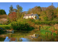 4 Bed country cottage set within 5acres including ponds and orchard.