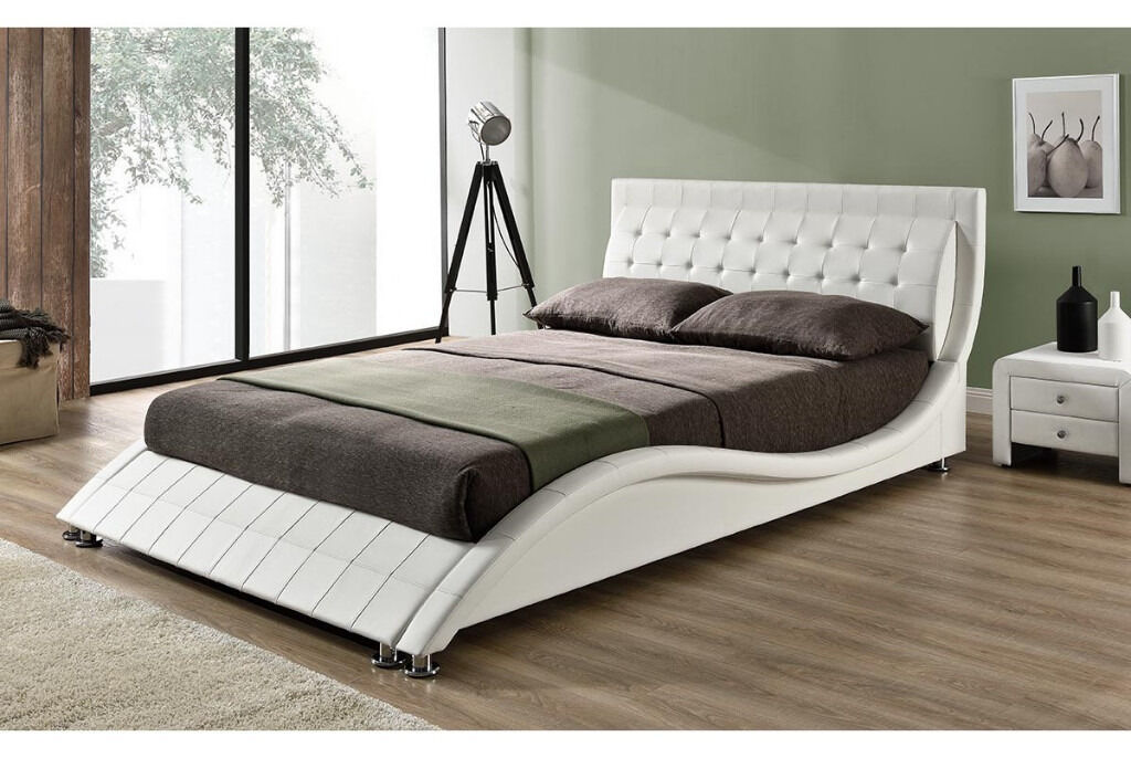 Excellent condition - Designer bed for Sale - Double