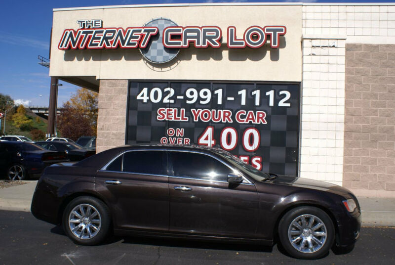 Image 7 Voiture American used Chrysler 300 Series 2012