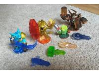 SKYLANDER TRAP TEAM with traps. Portal and Wii games included if needed