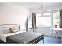 MT****AN Amazing and modern Ensuite in Barnes****