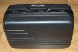 Suitcase measuring