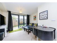 MODERN TWO BEDROOM APARTMENT WITH PRIVATE GARDEN - MOMENTS FROM FINSBURY PARK STATION. CALL NOW!