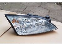 Headlights driver + passenger side,pair,complete whit all bulbs - £35