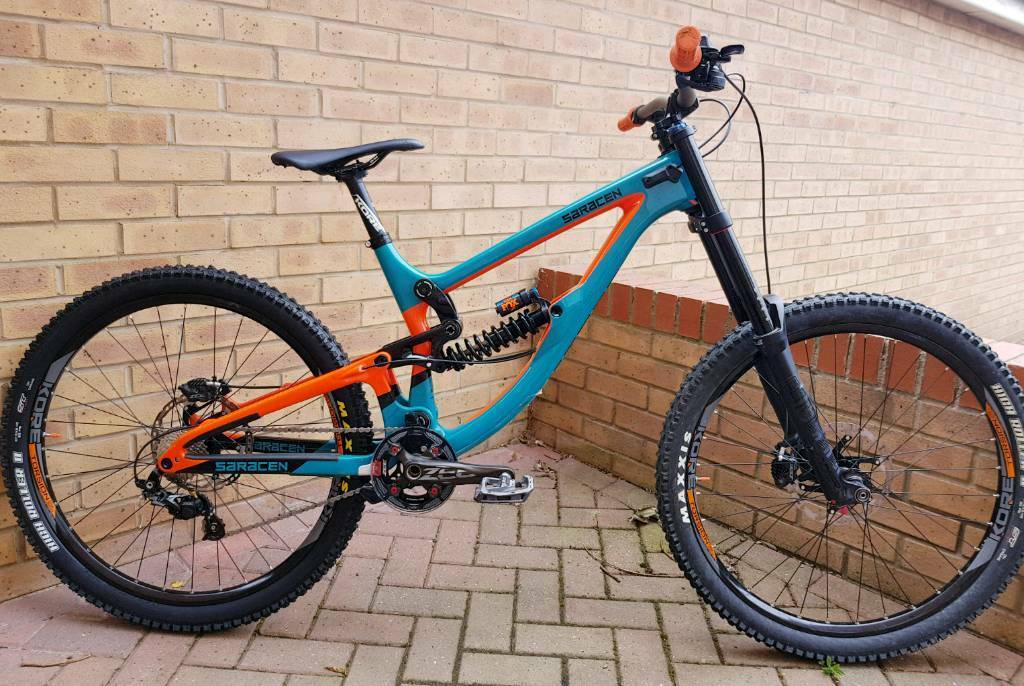 2018 Saracen Myst Pro Downhill Mountain Bike Great Condition