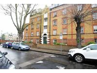 Two bedroom apartment in a period mansion block close to Bow Road Stn