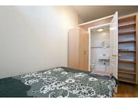 Ensuite double room , in House share New Eltham 20 Min from Central London