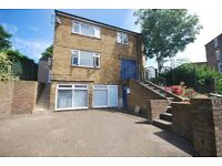 WELL PRICED 3 BED HOUSE SECONDS AWAY FROM TULSE HILL STATION! FURNISHED OR UNFURNISHED! VIEW TODAY!