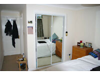 Lovely double room with en-suite, 10 min walk from Glasgow Uni