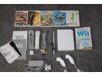 NINTENDO Wii Gaming Console & Games