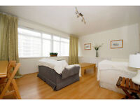 Pimlico SW1. Large, Light & Contemporary Newly Redecorated 3 Bed (no receptionn room) Furnished Flat