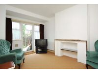 Beautiful 3/4 bed house to let in UB5
