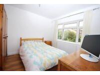 ALL BILLS INCLUDED !!!!!! LOVELY ROOM IN THE HEART IN DULWICH, READY TO RENT, FOR SINGLE OCCUPANTS