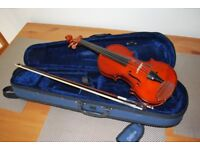 1/2 size violin with bow, case, shoulder and chin rests